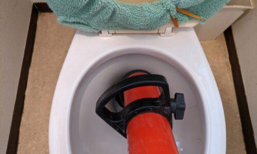 長泉町上土狩 トイレつまり ローポンプ作業