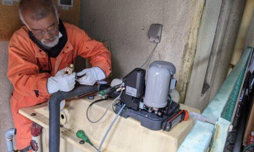 静岡市葵区受水槽ポンプ交換 作業前