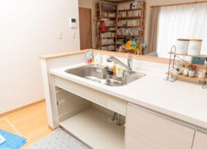 キッチン水栓の水を止める